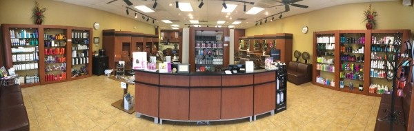 image for Tanas Hair Designs & Day Spa