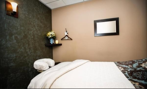 Slide image 3 of 5 for massage-heights-the-shoppes-at-chino-hills
