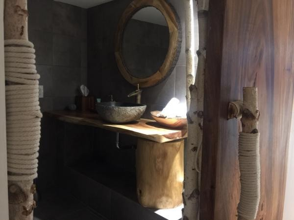 Yihan Spa Second Treatment Room