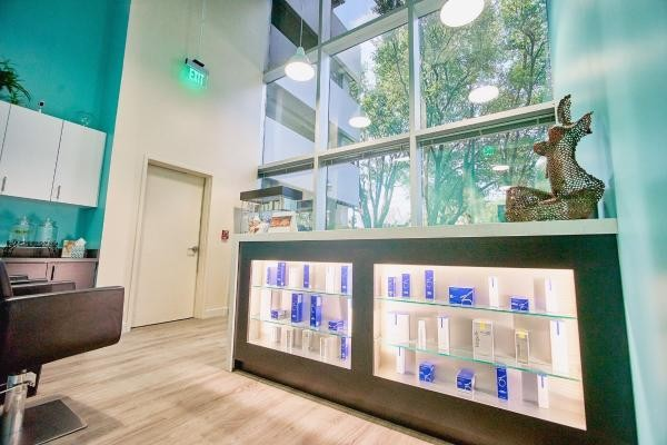 Slide image 2 of 7 for skinfit-medspa